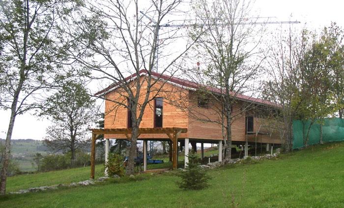16_Maison sur pilotis_chantier.JPG