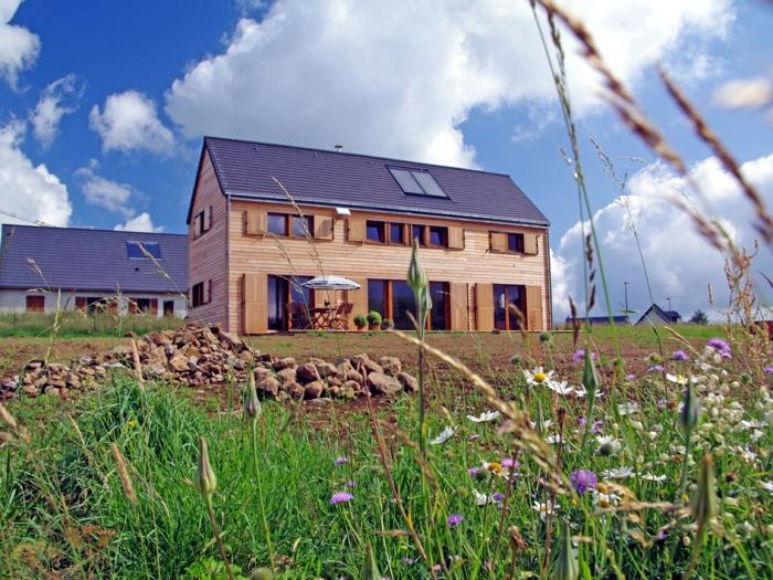 La maison sur le plateau, un abri en montagne : Vue générale