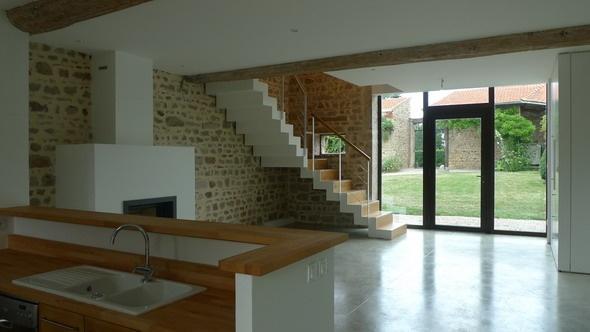 Réhabilitation d'une Maison dans les Monts d'Or : chir38