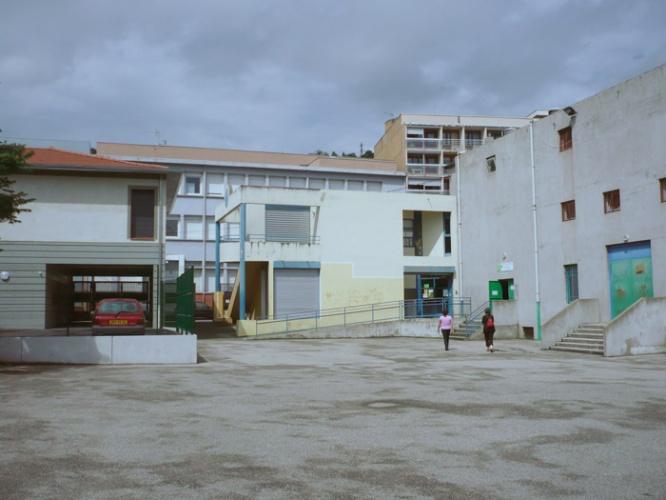 Réhabilitation et surélévation d'un école maternelle : photo2