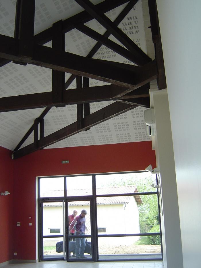 Construction d'un bloc sanitaire et salle d'accueil : intérieur de la salle d'accueil