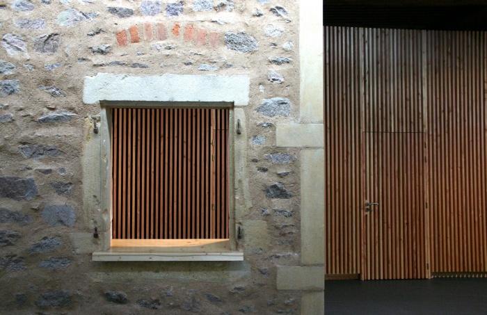 Réhabilitation/Extension de la ferme du couvent en salle de réception : traces - copie